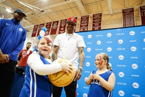 A.I. ENJOYING EVERY MOMENT HE SPENT WITH THE KIDS