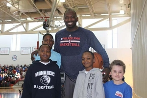 Jason Richardson hanging with campers