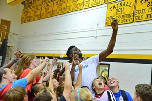 Nerlens takes a selfie with campers