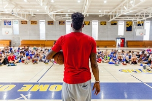 Rob Covington speaks to campers